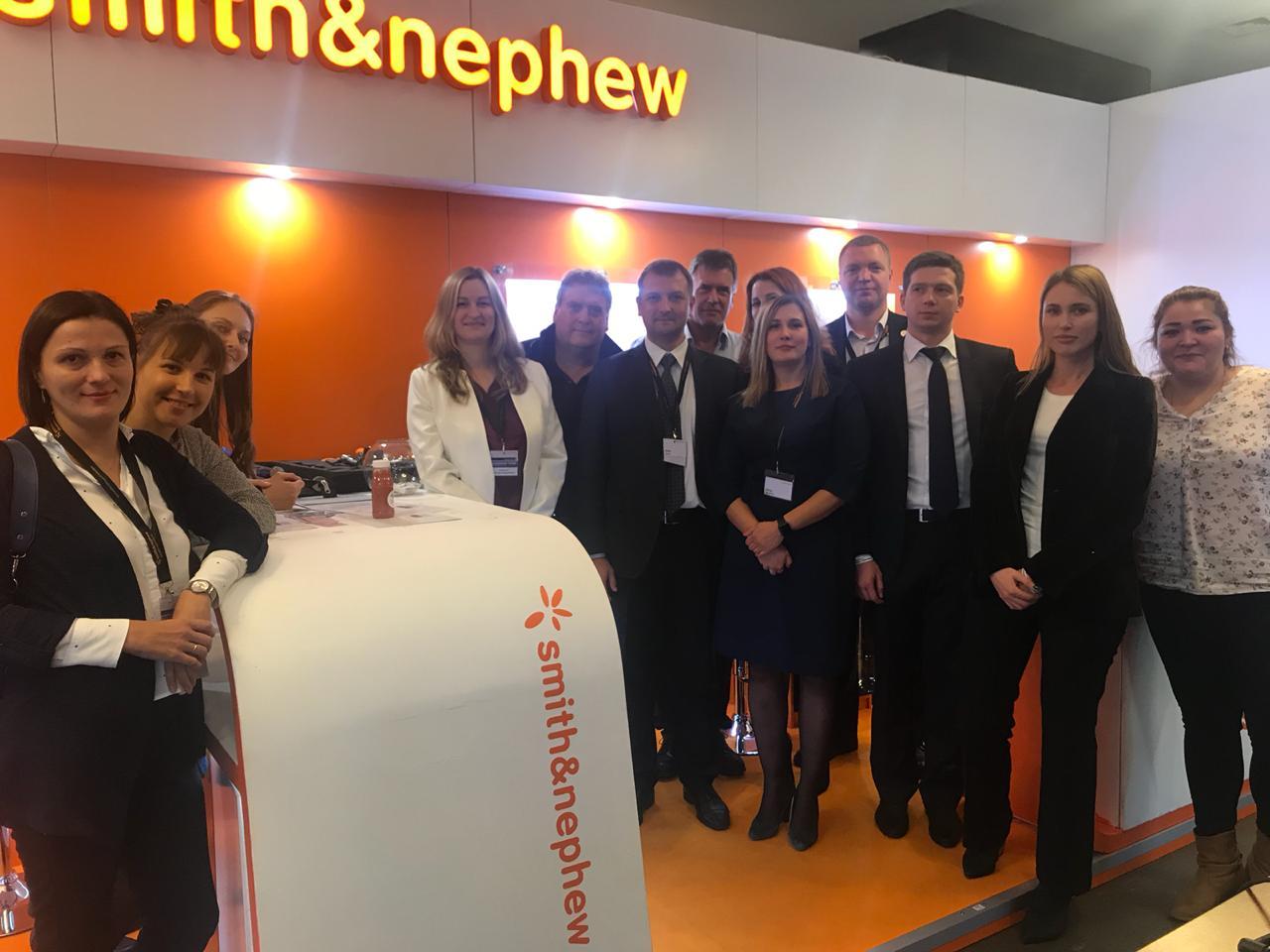 Le GROUPE GILES et toute l'équipe de Smith&Nephew Russia au Vreden's Reading de Saint Petersbourg 2018-1